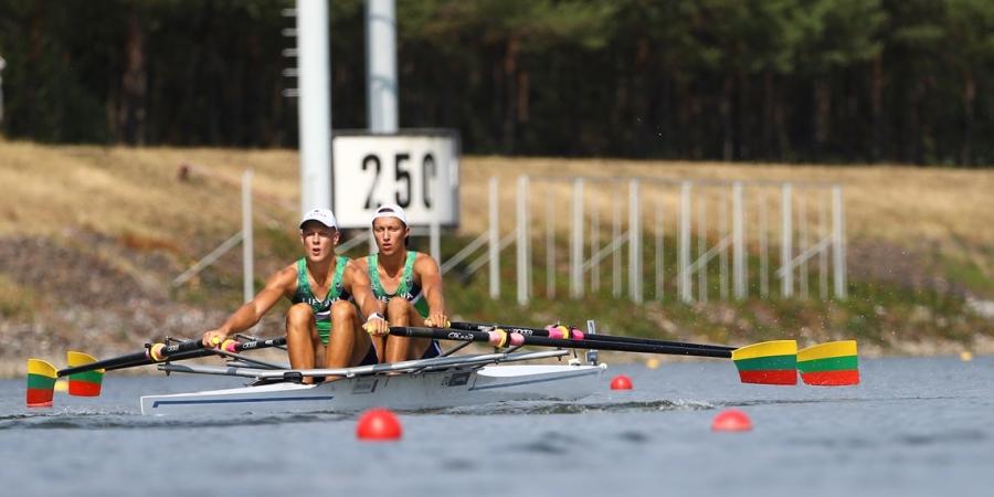 Pirmieji lietuvių startai Pasaulio jaunių irklavimo čempionate